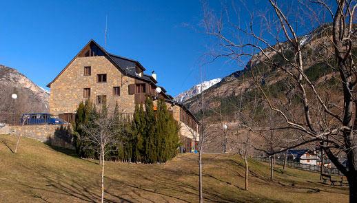 Escuela Española de Alta Montaña Benasque